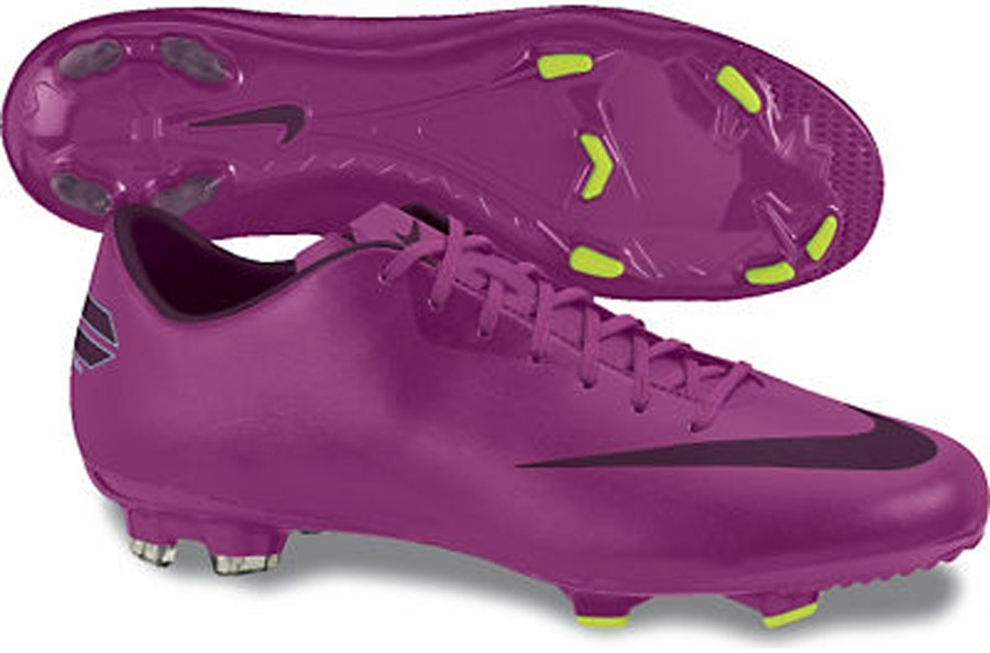 PUMA Mens Soccer Cleats High Top Soccer Cleats Nike